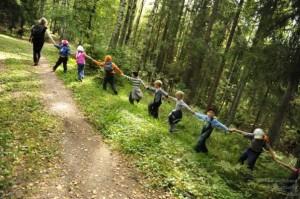 Игры-путешествия по осеннему лесу